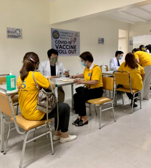 UST Hospital completes first tranche of Covid-19 vaccination